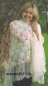 Вязание крючком: шаль белая с бахромой